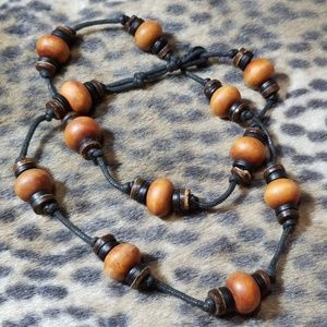 Jewelry - Paracord & beaded necklace